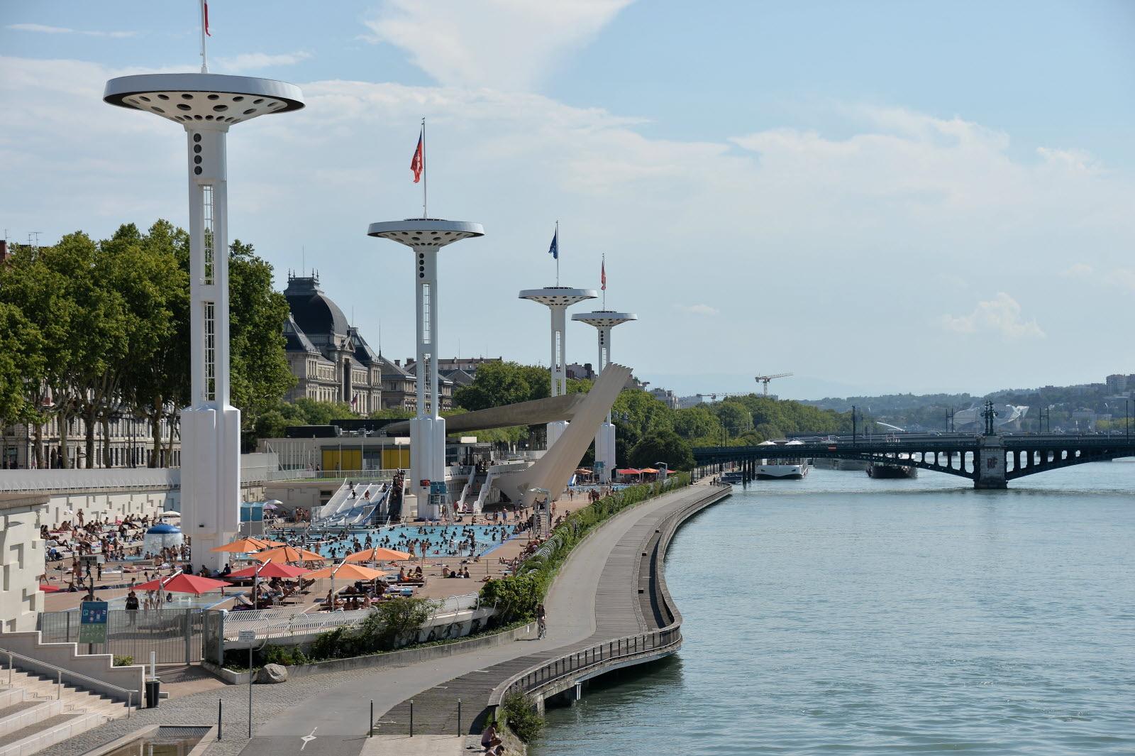 Rhône. Quelles Piscines Vous Accueillent Ce Mois D'Août ? concernant Piscine Du Rhône Lyon