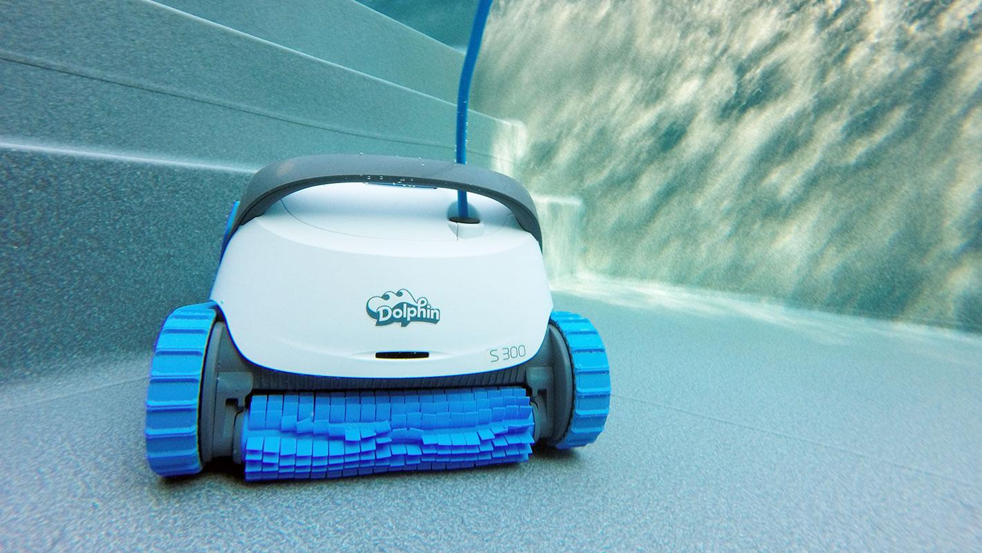 Robot De Piscine Dolphin S300 | Nettoyage Professionnel tout Robot Piscine Dolphin S300