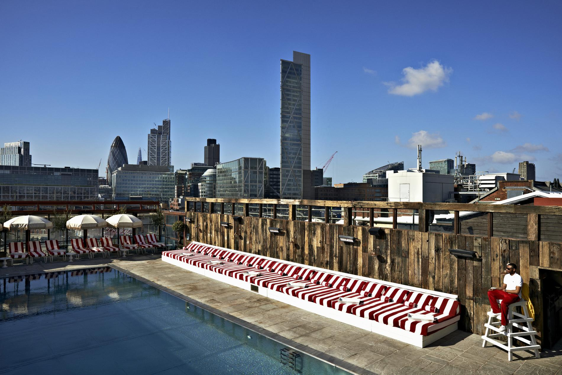 """Rooftops"""" Et Piscines Suspendues, Les Nouvelles Bonnes ... à Piscine Londres"""