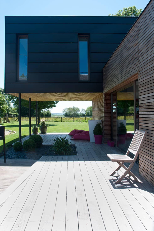 Terrasse Couverte, Sous Le Volume De La Chambre: Maisons De ... à Terrasse Couvertemoderne