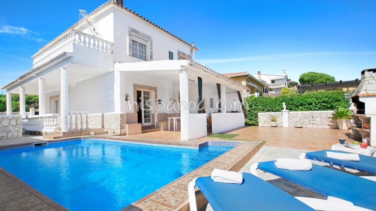 Très Jolie Villa De Vacances Avec Piscine En Location Sur La ... avec Villa En Espagne Avec Piscine