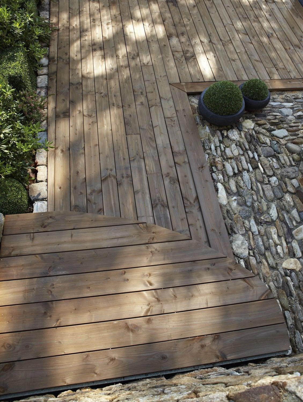 Une Terrasse Dans Un Jardin Zen Et Calme | Leroy Merlin concernant Terrasse Bois A Derouler
