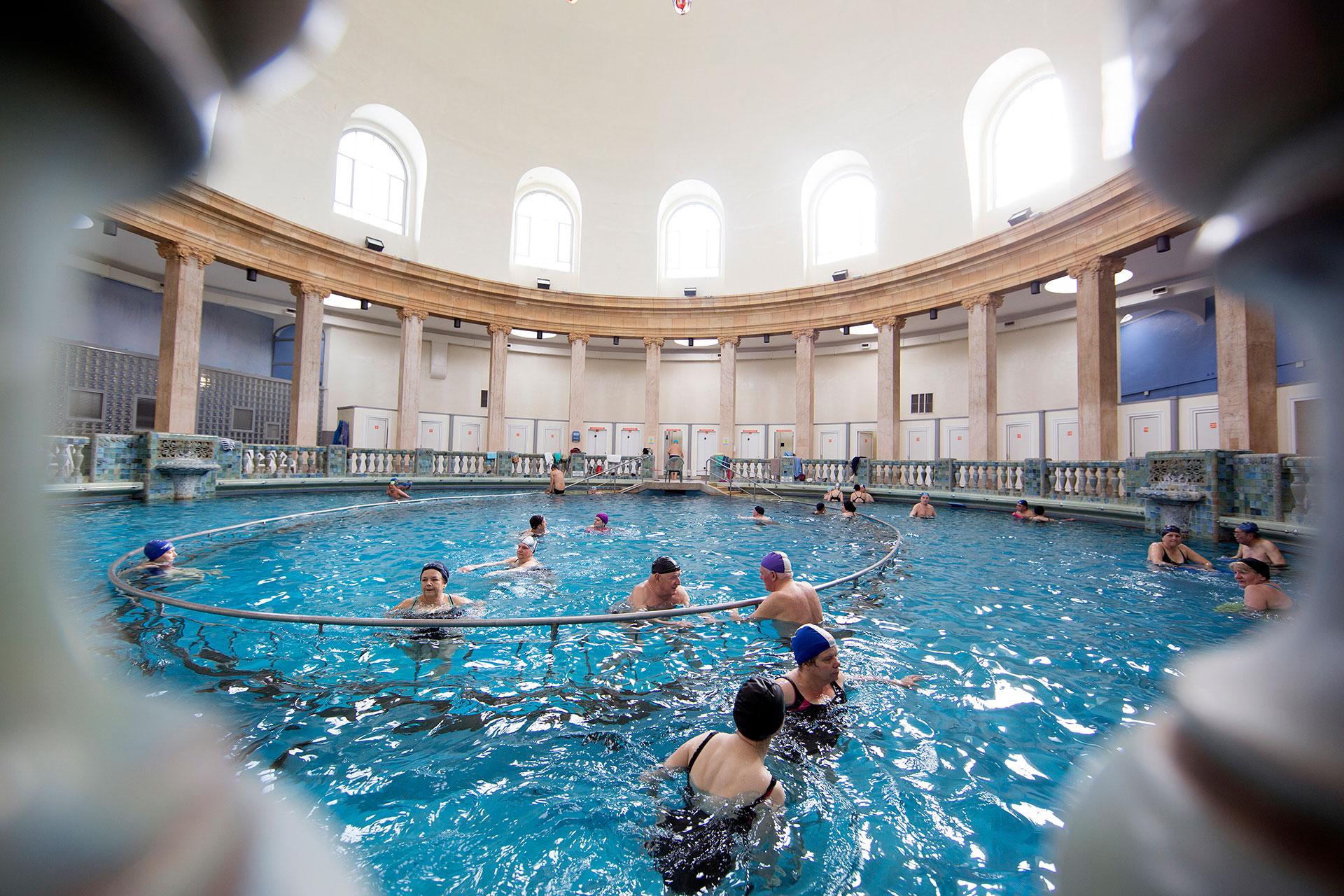 Wellnesszentrum Grand Nancy Thermal - Ville De Nancy serapportantà Piscine Du Grand Nancy