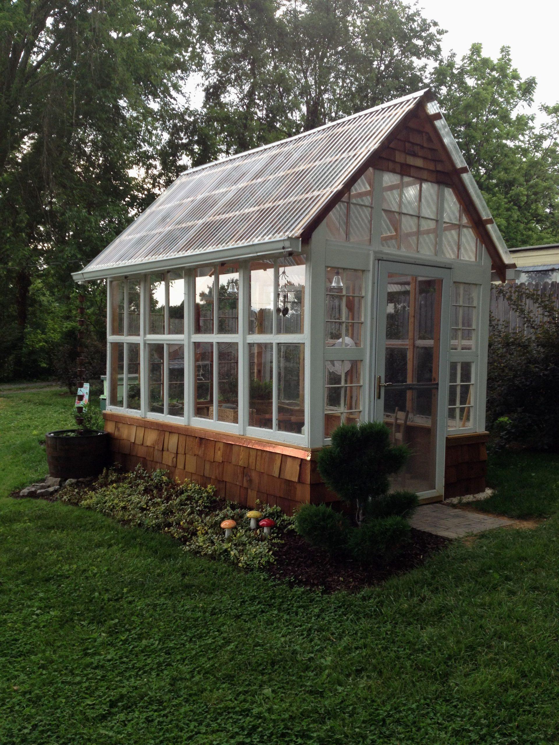 Abri De Jardin En Verre Superbes Épinglé Par Gilles Parent ... concernant Abri De Jardin Aluminium Double Paroi