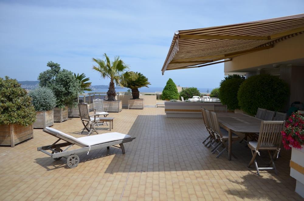 Appartement Terrasse Toit - Veranda-Styledevie.fr serapportantà Toit Terrasse Sans Acrotère