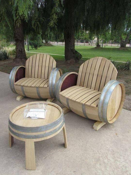 Beautiful Barrel Benches And Table. Love! | Cave A Vins ... à Salon De Jardin En Tonneau