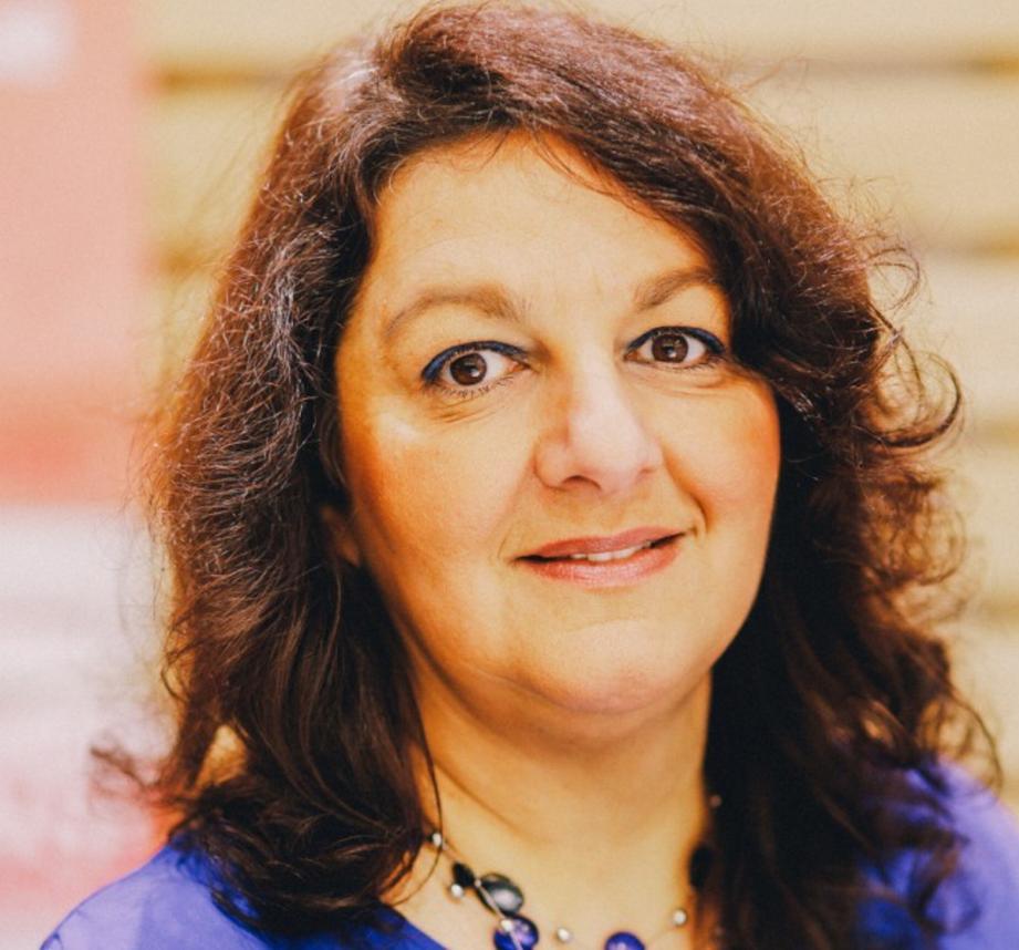 Candidate Socialiste Aux Législatives À Toulon, Viviane ... intérieur Viviane Driquez