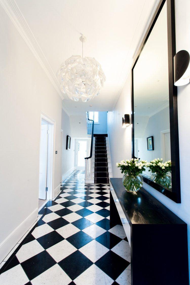Carrelage Original Couloir Et Carreaux De Ciment ... concernant Carrelage Damier Noir Et Blanc Brillant
