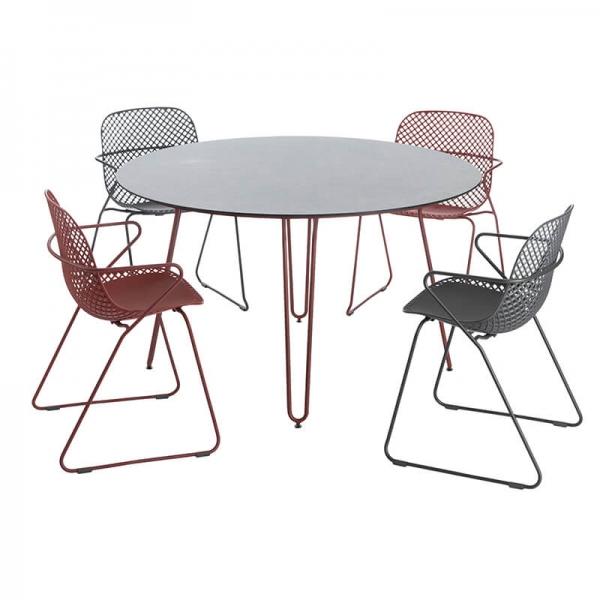 Chaise De Jardin Design Avec Accoudoirs Et Pieds Traîneau ... encequiconcerne Date Braderie Grosfillex 2021