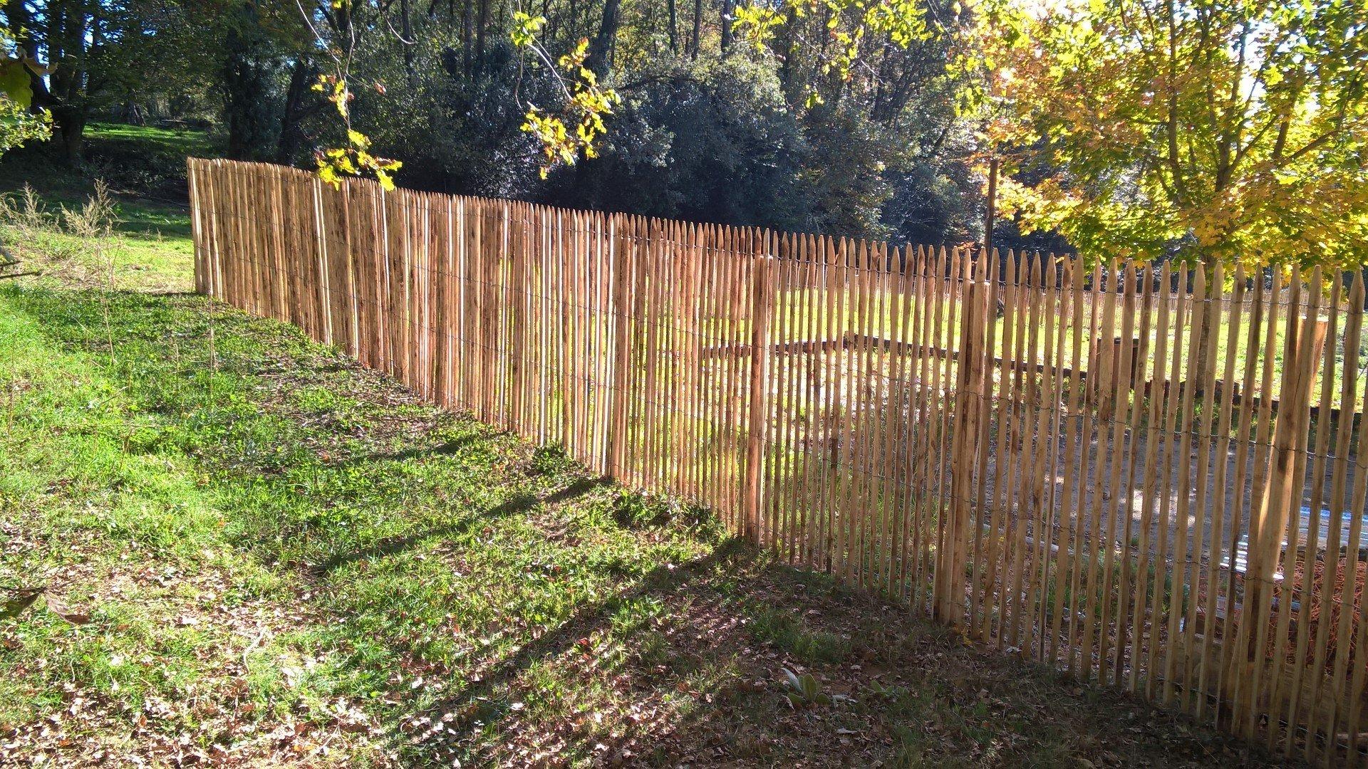 Clôture Bois Du Châtaignier | Woods Ambiance encequiconcerne Ganivelles Leroy Merlin