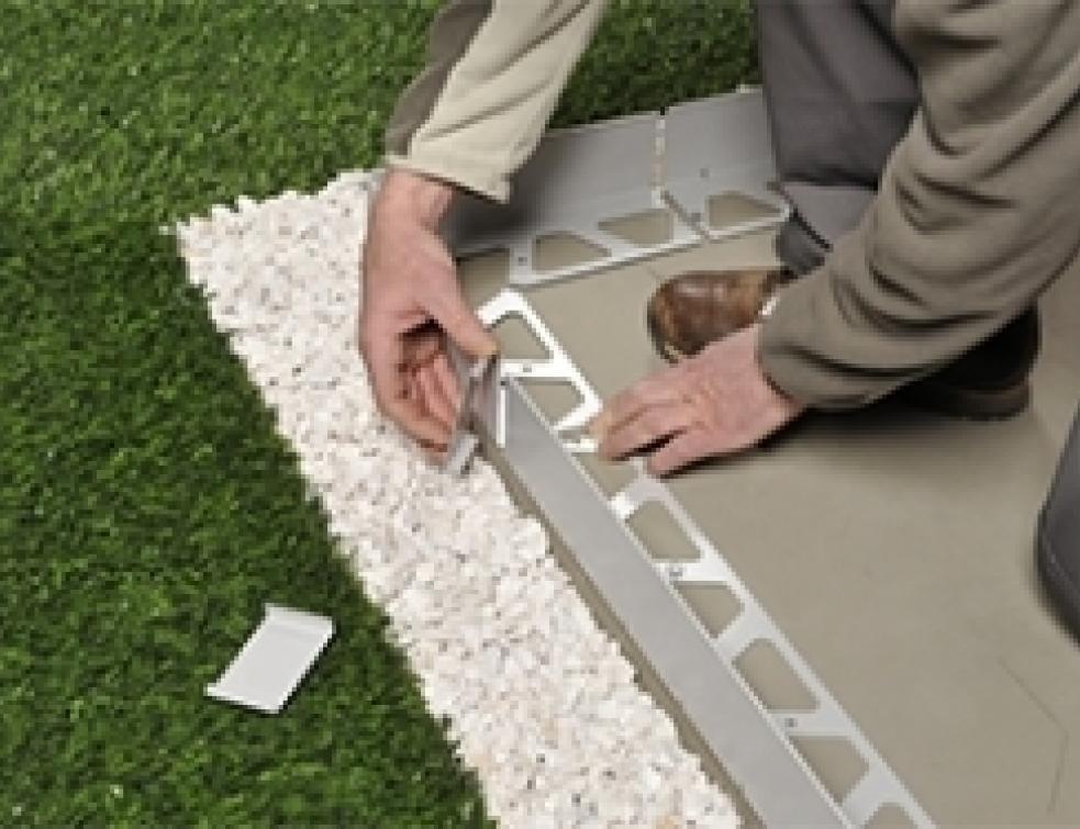 Concevoir Une Terrasse Avec Carrelage Sur Plots encequiconcerne Baguette Finition Terrasse Sur Plot