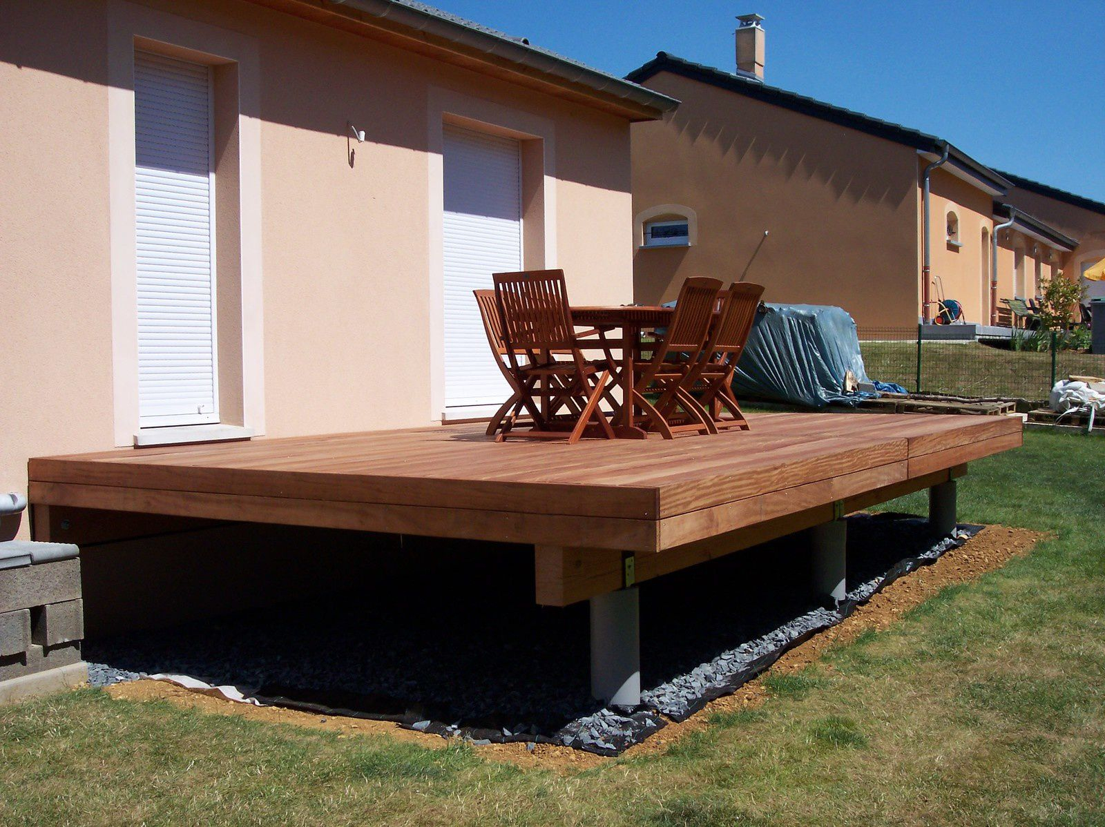 Cr Ation D Une Terrasse Bois Sur Lev E Avec Garde ... encequiconcerne Terrasse Couverte Avec Poteaux Beton