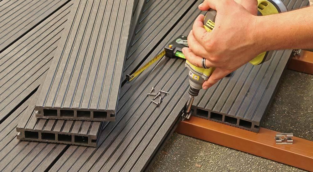 Dalle Terrasse Composite 50X50 - Veranda-Styledevie.fr avec Dalle Gravillonnée 50X50 Leroy Merlin