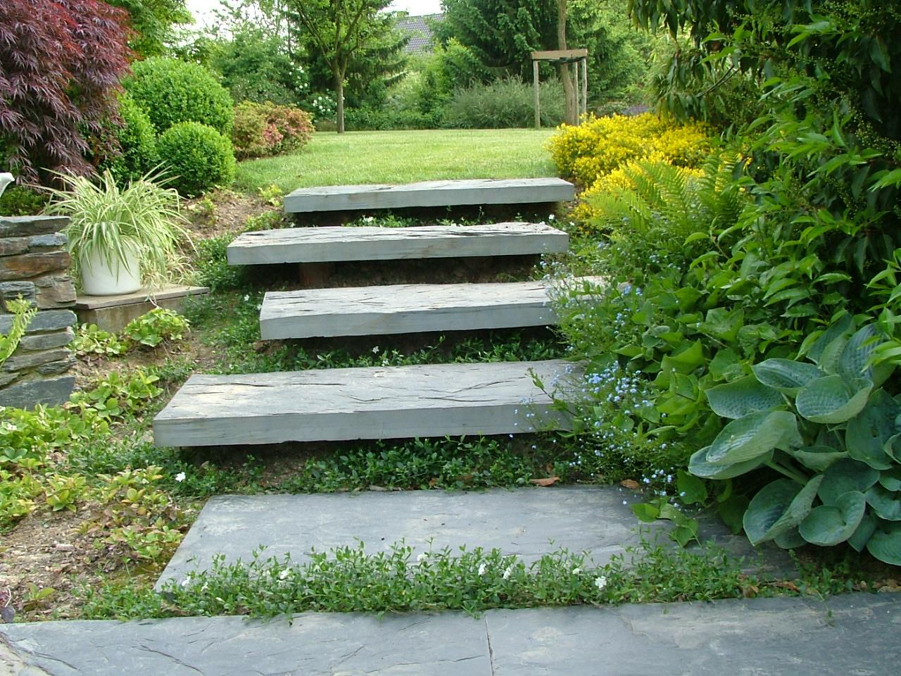 Escalier_Suspendu_Exterieur - Les Jardins Idée-Ô intérieur Deliège Florent - Parcs Et Jardins - Amenagement Exterieur
