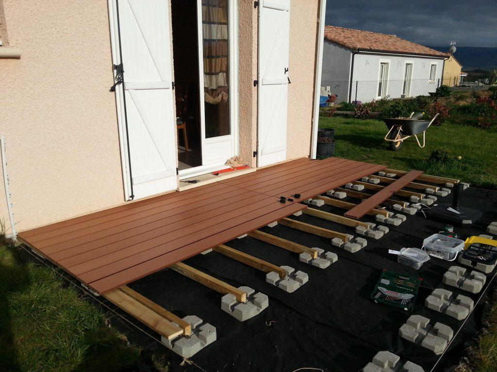 Faire Une Terrasse A Moindre Cout - Altoservices pour Dalle Gravillonnée Pas Cher