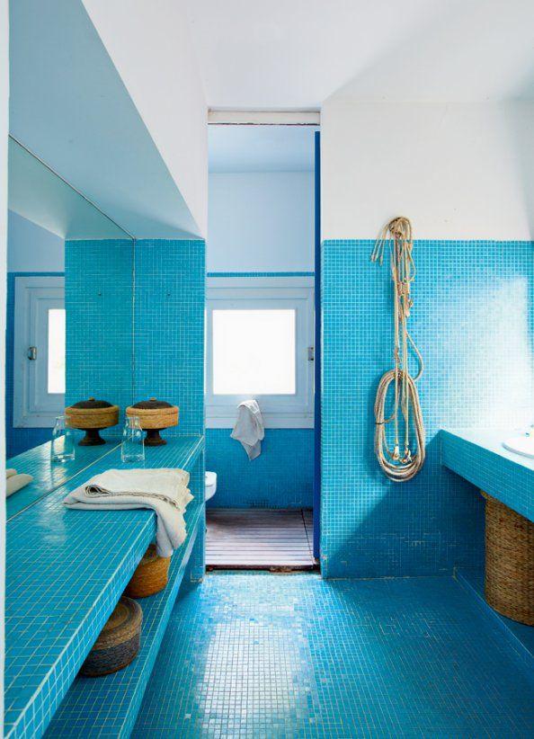 Le Bleu Turquoise : Lumineux Et Paradisiaque - Floriane ... dedans Accessoire Salle De Bain Bleu Turquoise