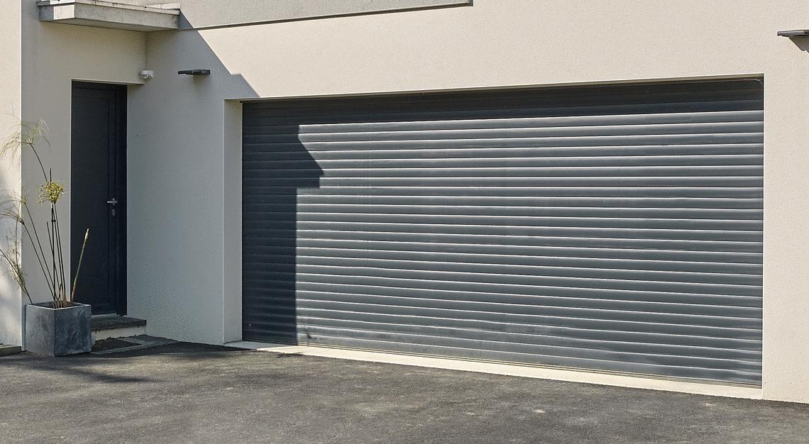Le Bon Coin Porte De Garage Avec Portillon - Bois-Eco ... concernant Le Bon Coin Marquise De Porte