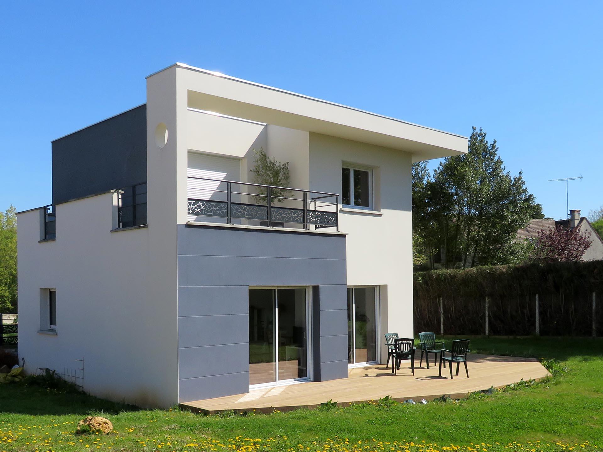 Maison Cube Ravalement Bicolore, Longpont-Sur-Orge (91 ... à Maison Toit Plat 200M2