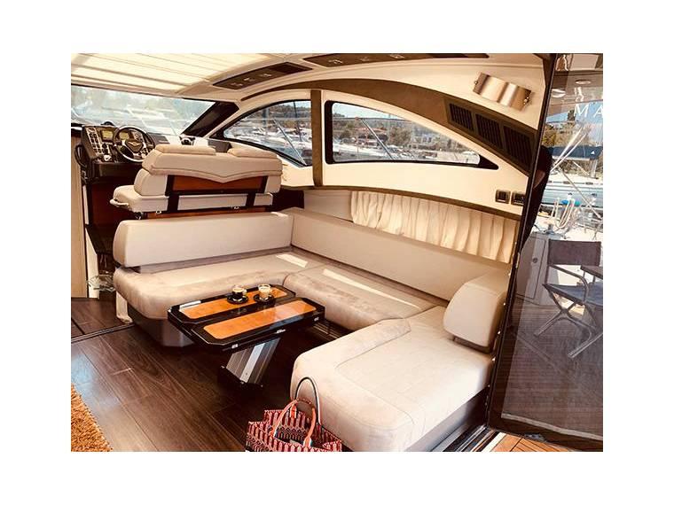 Marquis 420 Sport Coupe En Attiki | Yacht À Moteur D ... dedans Marquise D'Occasion