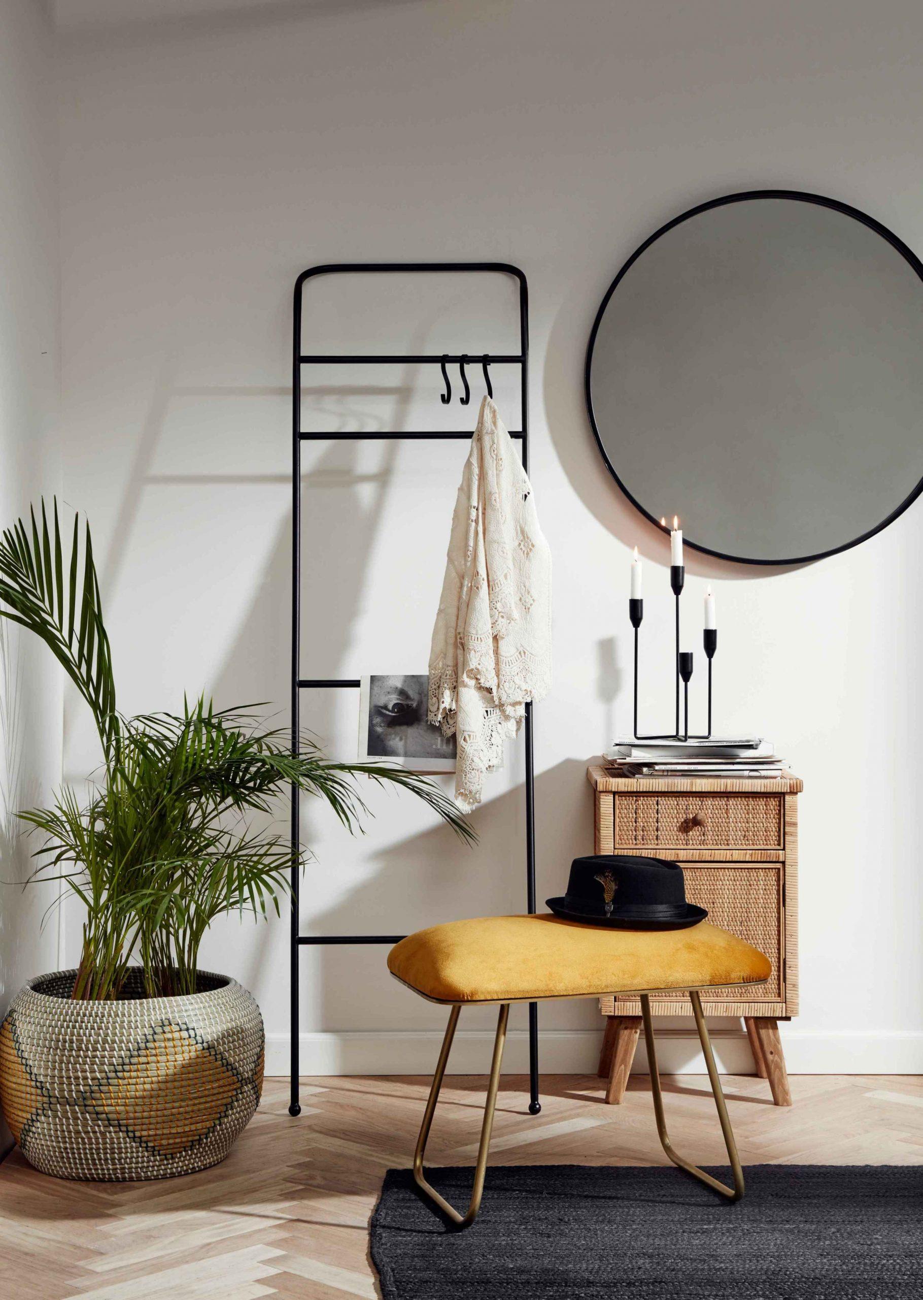 Metal Rack In 2020 | Decor, Interior, Home Decor à Living Store Nantes