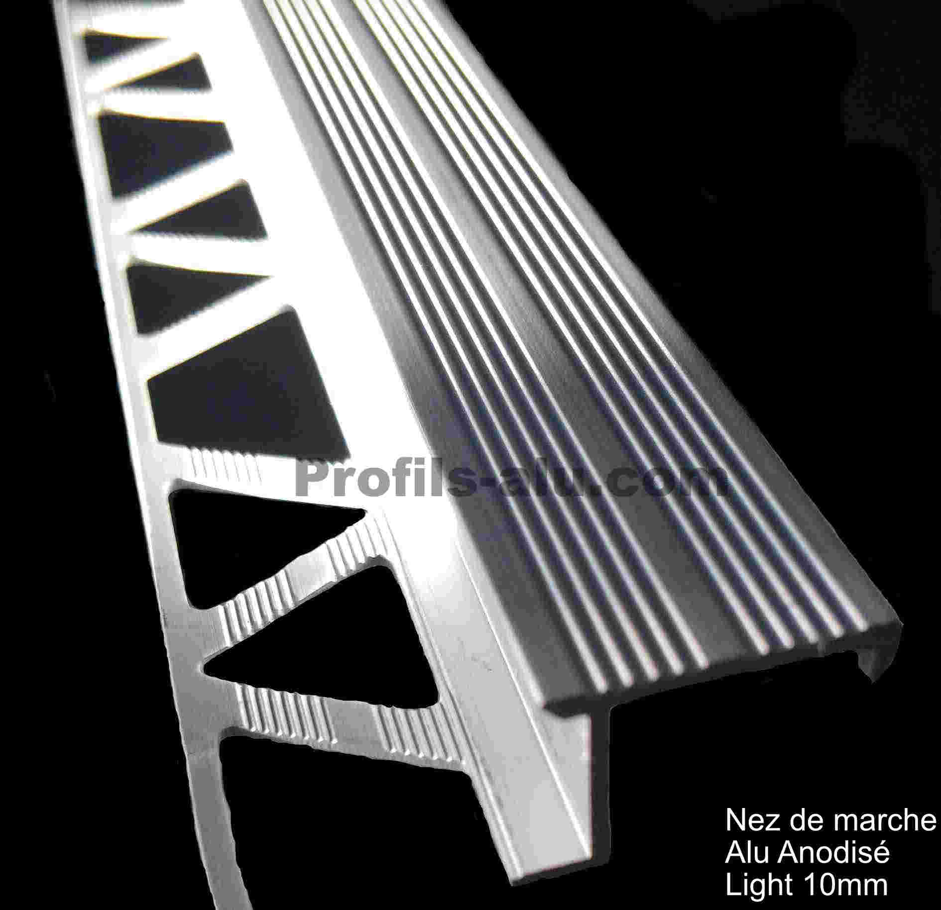 Nez-De-Marche-Decoratif-En-Aluminium-10-Mm - .Profils ... avec Nez De Marche Antidérapant Carrelage