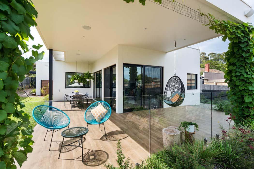 Originale Maison Contemporaine Sur La Côte Australienne ... tout Terrasse Couverte Moderne