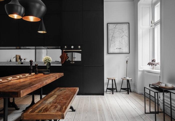 Photo Deco Cuisine Noire - Tendancesdesign.fr encequiconcerne Peinture Sol Cuisine Professionnelle