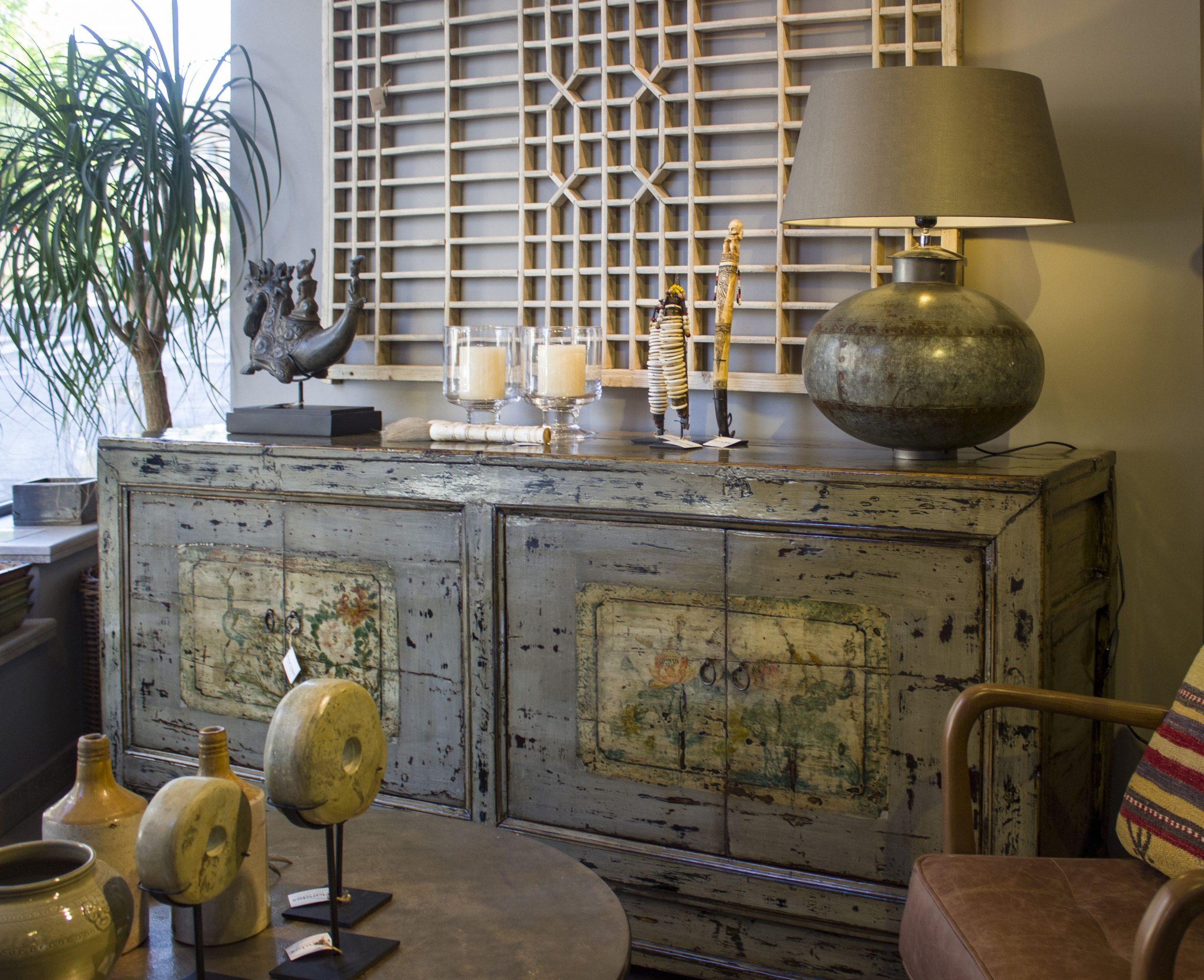 Pin De Irina En Decoración | Muebles Para Tv, Mesas De ... tout Carrelage Pintura Noir