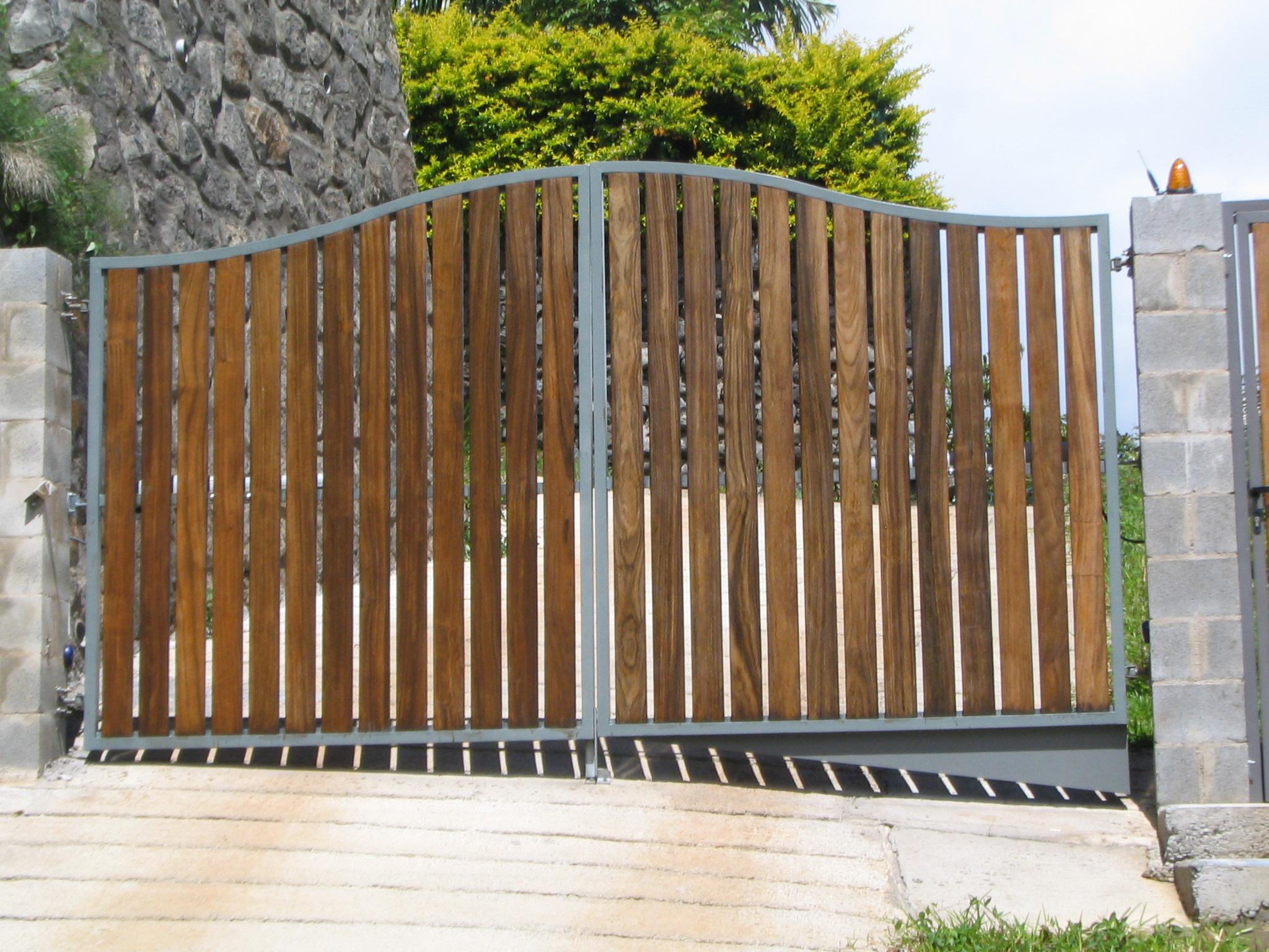 Portail Bois Métal Lyon: - Aif Creation concernant Portail Bois Occasion