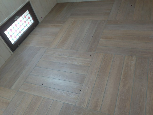 Pose De Carrelage Imitation Parquet destiné Pose Carrelage Imitation Parquet Joint Perdu