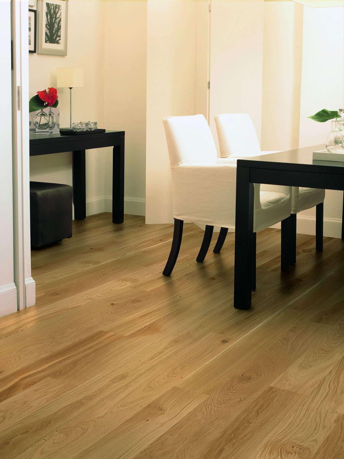 Quickstep Compact Oak Natural Matt Com1450 Engineered Wood ... encequiconcerne Quick Step Pont De Bateau