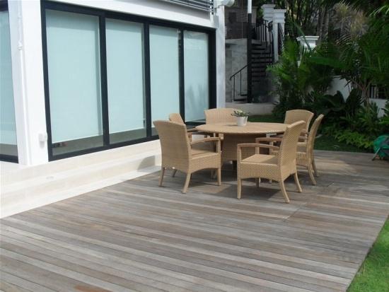 Terrasse En Bois Bangkiraï- 20 Idées Design Pour Le Jardin destiné Faire Soi-Même Sa Terrasse De Mobil Home