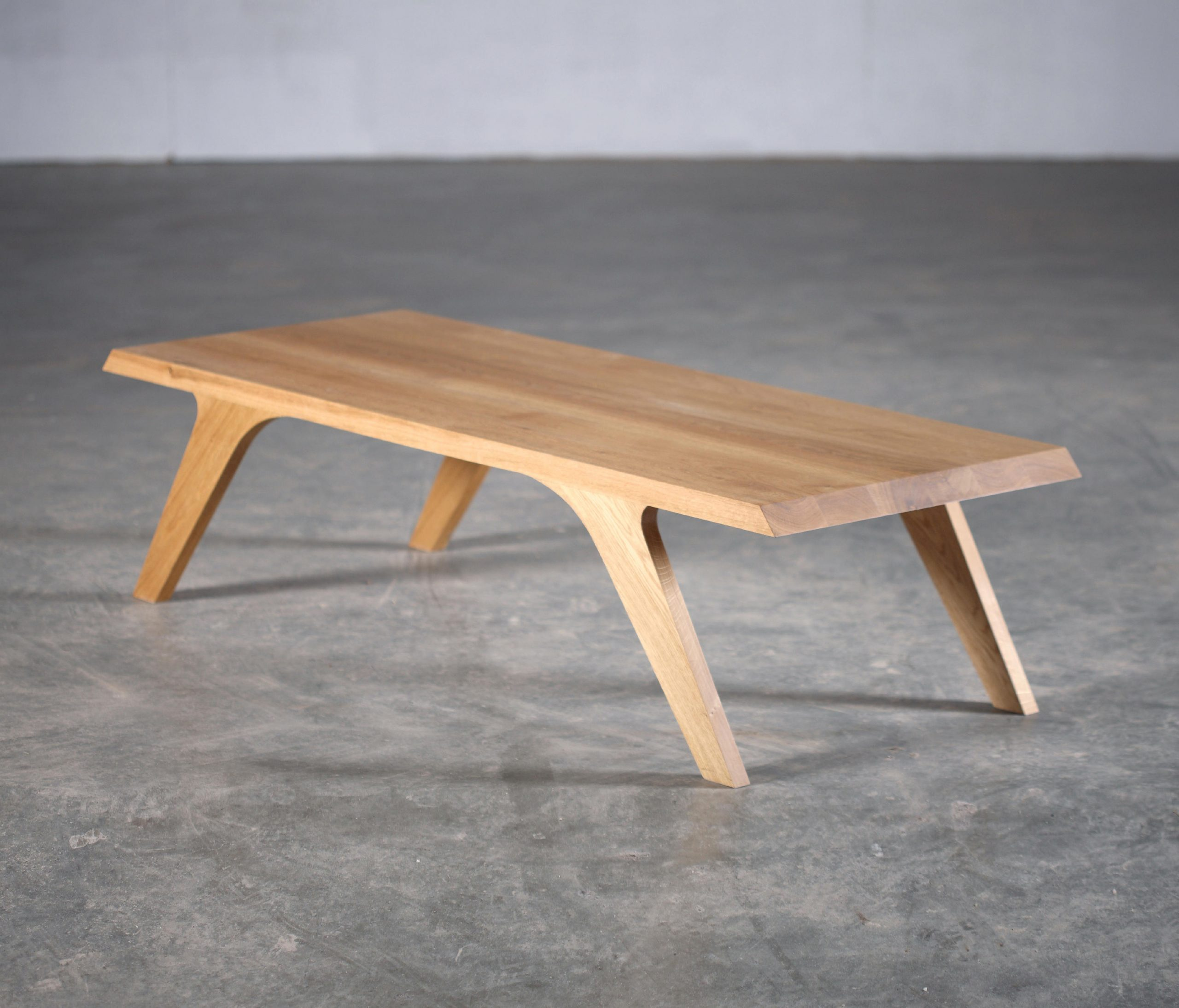 Uno Coffee Table - Tables Basses De Artisan   Architonic encequiconcerne Carrelage Id 76753 Cappucino